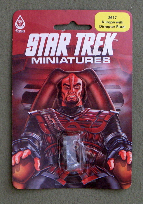 Image for Klingon with Disruptor Pistol: Metal Miniature (Star Trek Miniatures)