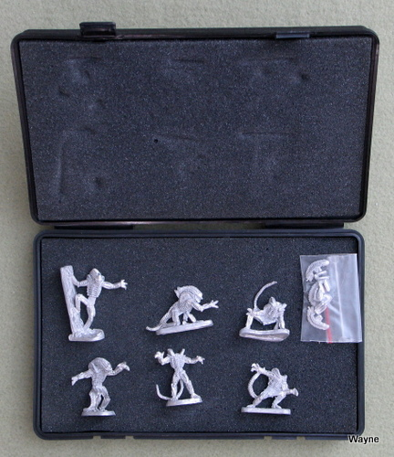 Image for Alien Warrior Boxed Set #2 (Aliens RPG Miniatures)